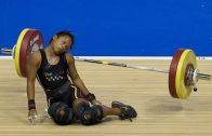 Woman Weightlifter Faints During A Lift Attempt!