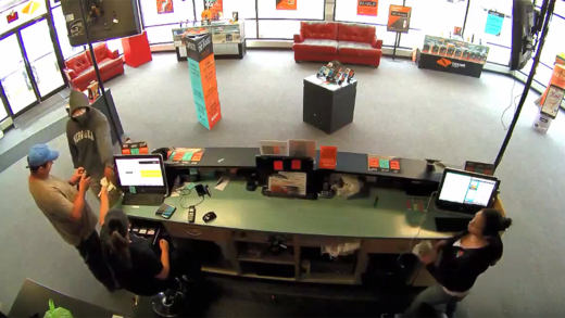 Man-Armed-With-Handgun-Tells-Customer-To-Keep-His-Money-As-He-Robs-Boost-Mobile-Store!