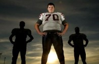 "Only 17 Years Old: Defensive Linemen ""John Krahn"" Is The Biggest Football Player In The World! (7-Feet, 440-Pounds)"