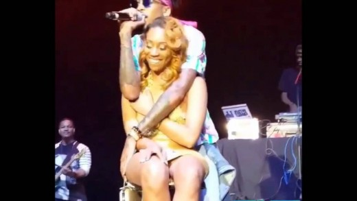August Alsina Gropes Fan's Breasts Onstage During Concert!