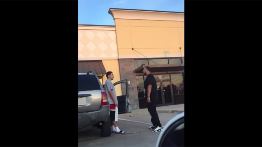 Dude-From-Texas-Gets-Confronted-After-Getting-Caught-Fighting-With-His-Girlfriend!