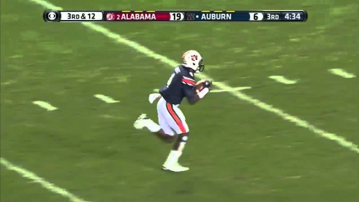 Auburn Reaceiver Makes Crazy 77 Yard Touchdown In The Iron Bowl!
