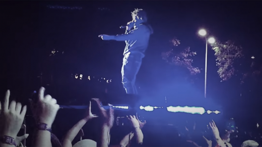 "J. Cole Performs Notorious B.I.G.'s ""Hypnotize"""