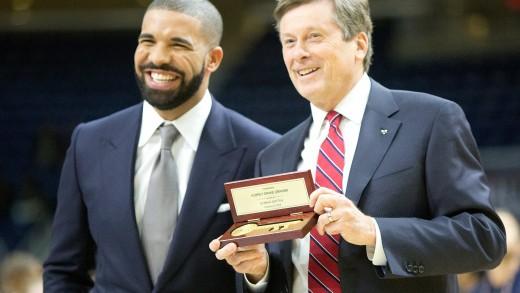 Here's Drake Receiving Toronto's Key To The City